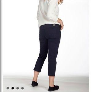 Jag Black Stretch Capri Jeans size 12
